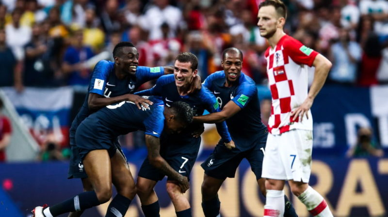 MOSCOW, RUSSIA - JULY 15, 2018: France's players celebrate victory in the 2018 FIFA World Cup Final match between France and Croatia at Luzhniki Stadium. Valery Sharifulin/TASS (Photo by Valery SharifulinTASS via Getty Images)