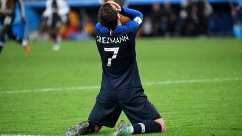 France's forward Antoine Griezmann celebrates at the end of the Russia 2018 World Cup semi-final football match between France and Belgium at the Saint Petersburg Stadium in Saint Petersburg on July 10, 2018. / AFP PHOTO / CHRISTOPHE SIMON / RESTRICTED TO EDITORIAL USE - NO MOBILE PUSH ALERTS/DOWNLOADS