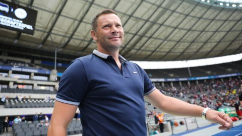 25 August 2018, Germany, Berlin: Soccer, Bundesliga, Hertha BSC vs 1st FC Nuremberg, 1st matchday in the Olympic Stadium. Hertha's coach Pal Dardai before the game. Photo: Jörg Carstensen/dpa - IMPORTANT NOTICE: DFL regulations prohibit any use of photographs as image sequences and/or quasi-video.