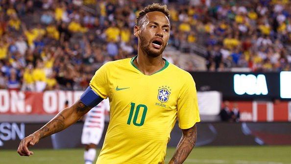EAST RUTHERFORD, NJ - SEPTEMBER 07: Neymar #10 of Brazil reacts against the USA during their friendly match at MetLife Stadium on September 7, 2018 in East Rutherford, New Jersey. (Photo by Jeff Zelevansky/Getty Images)