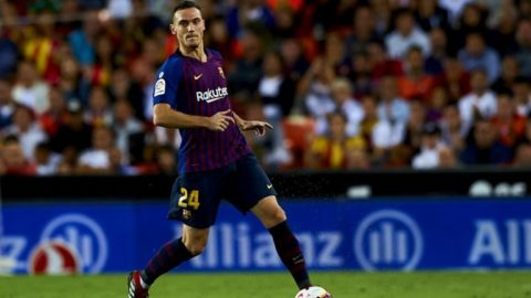 Thomas Vermaelen controls the ball during the week 8 of La Liga match between Valencia CF and FC Barcelona at Mestalla Stadium in Valencia, Spain on October 7, 2018.  (Photo by Jose Breton/NurPhoto)