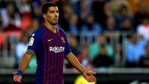 Luis Suarez during the week 8 of La Liga match between Valencia CF and FC Barcelona at Mestalla Stadium in Valencia, Spain on October 7, 2018.  (Photo by Jose Breton/NurPhoto via Getty Images)