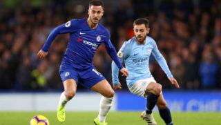LONDON, ENGLAND - DECEMBER 08:  Eden Hazard of Chelsea is challenged by Bernardo Silva of Manchester City during the Premier League match between Chelsea FC and Manchester City at Stamford Bridge on December 8, 2018 in London, United Kingdom.  (Photo by Clive Rose/Getty Images)