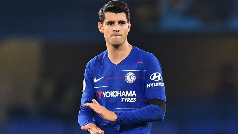 Chelsea's Spanish striker Alvaro Morata applauds supporters on the pitch after the English Premier League football match between Chelsea and Crystal Palace at Stamford Bridge in London on November 4, 2018. - Chelsea won the game 3-1. (Photo by Glyn KIRK / AFP) / RESTRICTED TO EDITORIAL USE. No use with unauthorized audio, video, data, fixture lists, club/league logos or 'live' services. Online in-match use limited to 120 images. An additional 40 images may be used in extra time. No video emulation. Social media in-match use limited to 120 images. An additional 40 images may be used in extra time. No use in betting publications, games or single club/league/player publications. /