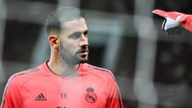 5653504 01.10.2018 Real's goalkeeper Kiko Casilla listens during a training session ahead of Champions League soccer match against CSKA in Moscow, Russia, October 1, 2018. Alexander Vilf / Sputnik
