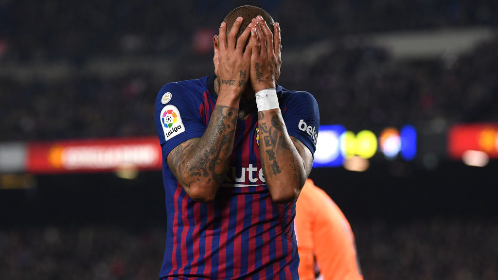BARCELONA, SPAIN - FEBRUARY 16:  Kevin-Prince Boateng of Barcelona reacts during the La Liga match between FC Barcelona and Real Valladolid CF at Camp Nou on February 16, 2019 in Barcelona, Spain.  (Photo by David Ramos/Getty Images)