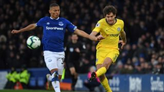 Chelsea's Spanish defender Marcos Alonso (R) vies with Everton's Brazilian striker Richarlison (L) during the English Premier League football match between Everton and Chelsea at Goodison Park in Liverpool, north west England on March 17, 2019. (Photo by Paul ELLIS / AFP) / RESTRICTED TO EDITORIAL USE. No use with unauthorized audio, video, data, fixture lists, club/league logos or 'live' services. Online in-match use limited to 120 images. An additional 40 images may be used in extra time. No video emulation. Social media in-match use limited to 120 images. An additional 40 images may be used in extra time. No use in betting publications, games or single club/league/player publications. /