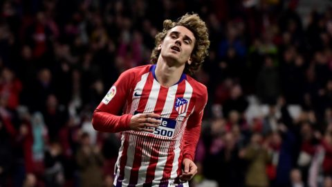 Atletico Madrid's French forward Antoine Griezmann celebrates after scoring during the Spanish league football match Club Atletico de Madrid against Girona FC at the Wanda Metropolitano stadium in Madrid on April 2, 2019. (Photo by JAVIER SORIANO / AFP)