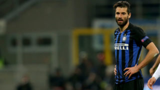 MILAN, ITALY - MARCH 14: Antonio Candreva of FC Internazionale looks dejected after the UEFA Europa League Round of 16 Second Leg match between FC Internazionale and Eintracht Frankfurt at San Siro on March 14, 2019 in Milan, Italy. (Photo by TF-Images/Getty Images)