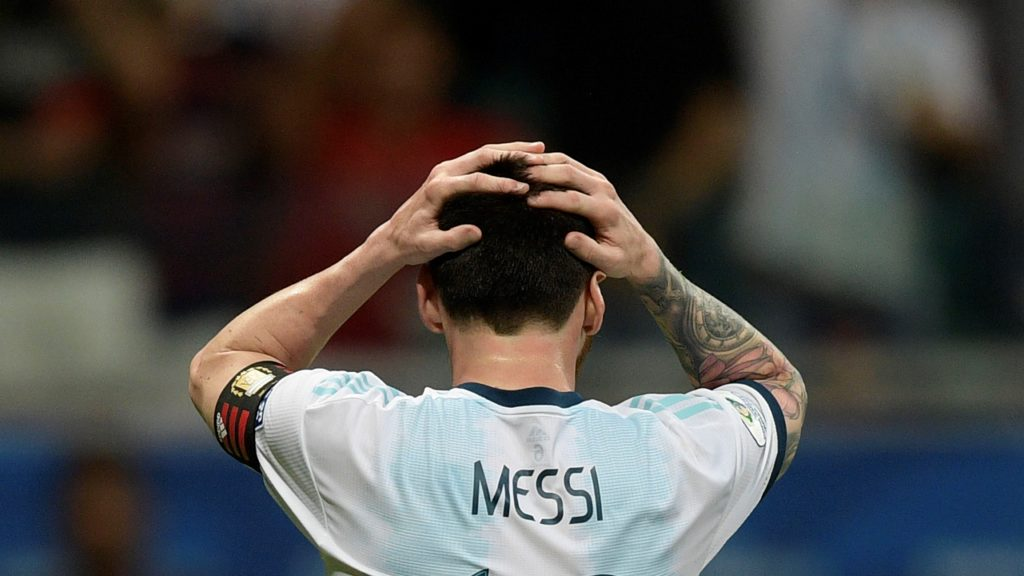 Argentina's Lionel Messi gestures after missing a goal opportunity against Colombia during their Copa America football tournament group match at the Fonte Nova Arena in Salvador, Brazil, on June 15, 2019. (Photo by Juan MABROMATA / AFP)