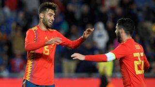 Spain's midfielder Brais Mendez (L) celebrates a goal with Spain's midfielder Isco during the international friendly football match between Spain and Bosnia-Herzegovina at the Gran Canaria stadium in Las Palmas on November 18, 2018. (Photo by LLUIS GENE / AFP)