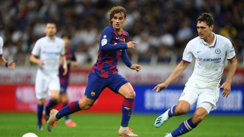 Barcelona's forward Antoine Griezmann (C) vies with Chelsea's defender Andreas Christensen (R) during a football friendly match between Spanish Liga team Barcelona and English Premier League club Chelsea in Saitama on July 23, 2019. (Photo by CHARLY TRIBALLEAU / AFP)