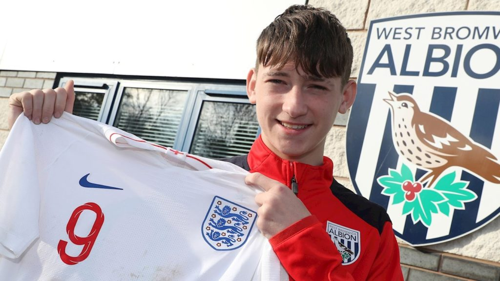 """West Bromwich Albion academy player Louie Barry with his trophy """"Golden Boot"""" representing England"""