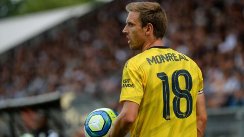 Arsenal's Spanish defender Nacho Monreal reacts during the international friendly football match between Angers SCO and Arsenal FC, at the Raymond-Kopa Stadium, in Angers, northwestern France, on July 31, 2019. (Photo by JEAN-FRANCOIS MONIER / AFP)