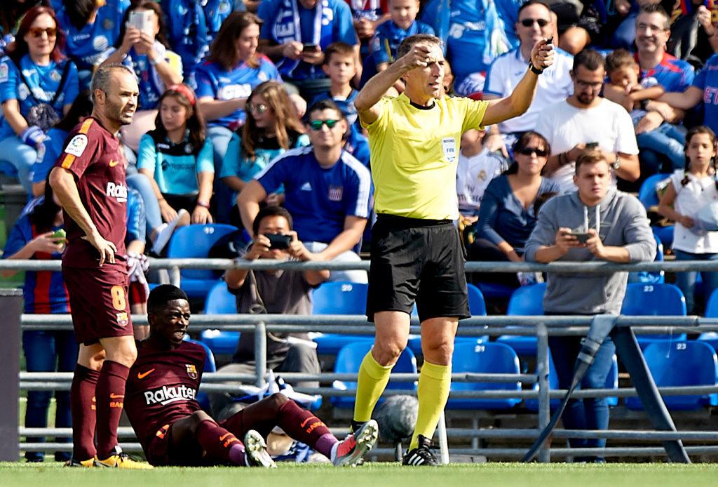 GETAFE, SPAIN - SEPTEMBER 16:  Ousmane Dembele of Barcelona lies injured on the pitch during the La Liga match between Getafe and Barcelona at Coliseum Alfonso Perez on September 16, 2017 in Getafe, Spain.  (Photo by fotopress/Getty Images)