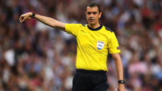 MADRID, SPAIN - APRIL 18: Referee Viktor Kassai gestures during the UEFA Champions League Quarter Final second leg match between Real Madrid CF and FC Bayern Muenchen at Estadio Santiago Bernabeu on April 18, 2017 in Madrid, Spain. (Photo by Chris Brunskill Ltd/Getty Images)