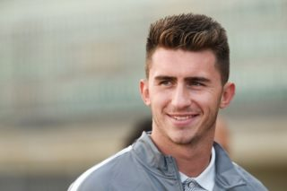(FILES) This file photo taken on July 23, 2016 shows Athletic Bilbao's French defender Aymeric Laporte look on prior to the friendly football  match between Bordeaux and Athletic Bilbao in Tarnos, southwestern France.  Aymeric Laporte on January 29, 2018 announced he was leaving Athletic Bilbao with Premier League leaders Manchester City primed to break their transfer record to sign the French defender. / AFP PHOTO / NICOLAS TUCAT
