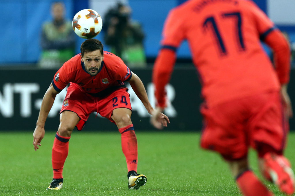 Alberto de la Bella of FC Real Sociedad vie for the ball during the UEFA Europa League Group L football match between FC Zenit Saint Petersburg and FC Real Sociedad at Saint Petersburg Stadium on September 28, 2017 in St.Petersburg, Russia. (Photo by Igor Russak/NurPhoto)