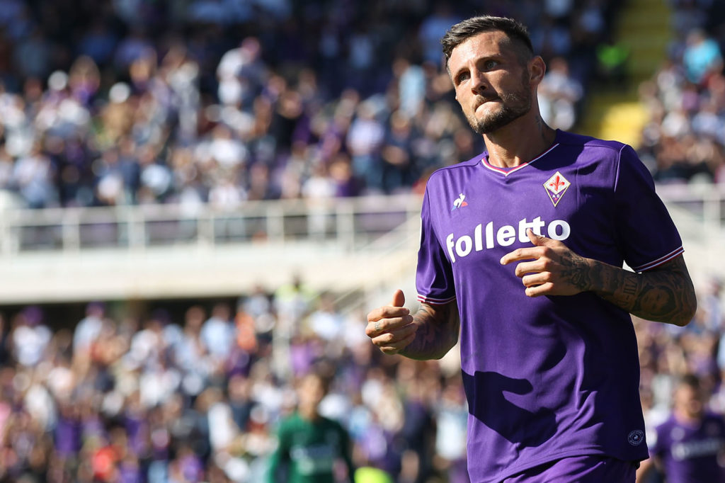 FLORENCE, ITALY - OCTOBER 15: Cyril Thereau of ACF Fiorentina celebrates after scoring his second goal during the Serie A match between ACF Fiorentina and Udinese Calcio at Stadio Artemio Franchi on October 15, 2017 in Florence, Italy.  (Photo by Gabriele Maltinti/Getty Images)