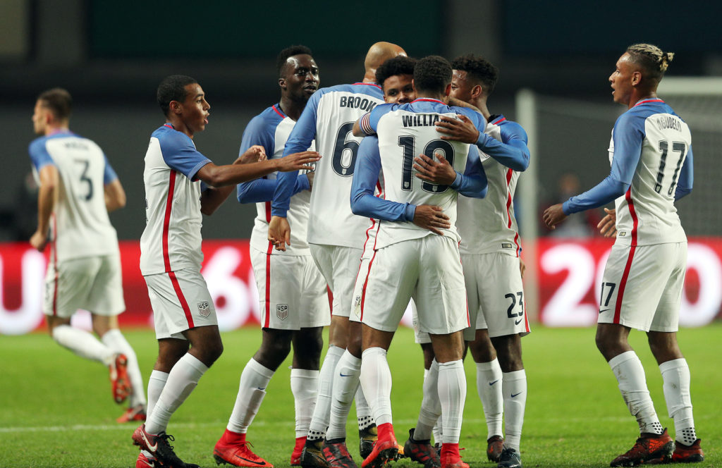 LEIRA, PORTUGAL -NOVEMBER 14: United States of America midfielder Weston McKennie celebrates scoring USA goal with his team mates during the match between Portugal and United States of America International Friendly at Estadio Municipal de Leiria, on November 14, 2017 in Leiria, Portugal.  (Photo by Carlos Rodrigues/Getty Images)