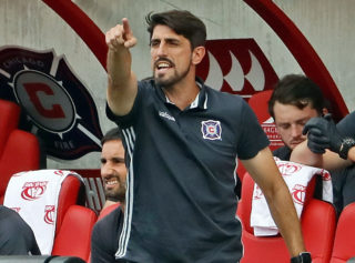BRIDGEVIEW, IL - AUGUST 14: Head coach Veljko Paunovic of the Chicago Fire gives instructions to his his team against the Orlando City FC during an MLS match at Toyota Park on August 14, 2016 in Bridgeview, Illinois. The Fire and Orlando City SC tied 2-2. (Photo by Jonathan Daniel/Getty Images)