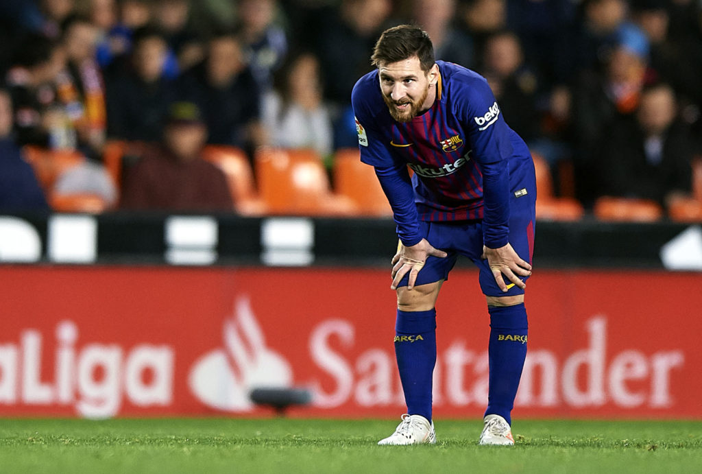 VALENCIA, SPAIN - NOVEMBER 26:  Lionel Messi of Barcelona looks on during the La Liga match between Valencia and Barcelona at Estadio Mestalla on November 26, 2017 in Valencia, Spain.  (Photo by Fotopress/Getty Images)