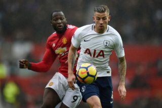 Manchester United's Belgian striker Romelu Lukaku (L) vies with Tottenham Hotspur's Belgian defender Toby Alderweireld during the English Premier League football match between Manchester United and Tottenham Hotspur at Old Trafford in Manchester, north west England, on October 28, 2017. / AFP PHOTO / Oli SCARFF / RESTRICTED TO EDITORIAL USE. No use with unauthorized audio, video, data, fixture lists, club/league logos or 'live' services. Online in-match use limited to 75 images, no video emulation. No use in betting, games or single club/league/player publications.  /