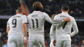 MADRID, SPAIN - MARCH 15:  Gareth Bale of Real Madrid celebrates with Cristiano Ronaldo and Karim Benzema  after scoring Real's opening goal during the La Liga match between Real Madrid CF and Levante UD at Estadio Santiago Bernabeu on March 15, 2015 in Madrid, Spain.  (Photo by Denis Doyle/Getty Images)
