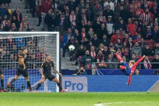 Antoine Griezmann of Atletico Madrid scores a goal during the UEFA Champions League, Group C football match between Atletico Madrid and AS Roma on November 22, 2017 at the Wanda Metropolitano in Madrid, Spain - Photo Rudy / Spain DPPI / DPPI
