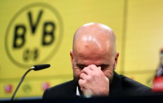 Peter Bosz, head coach of Dortmund speaks during a press conference after the German Bundesliga football match between Borussia Dortmund and Werder Bremen at Signal Iduna Park in Dortmund, Germany, 9December 2017.   (EMBARGO CONDITIONS - ATTENTION: Due to the accreditation guidelines, the DFL only permits the publication and utilisation of up to 15 pictures per match on the internet and in online media during the match.) Photo: Ina Fassbender/dpa