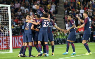 PARIS, FRANCE - AUGUST 25:  Thiago Motta of Paris Saint-Germain celebrate his goal with Angel Di Maria, Adrien Rabiot and teammattes and during the French Ligue 1 match between Paris Saint Germain (PSG) and AS Saint-Etienne at Parc des Princes on August 25, 2017 in Paris, France  (Photo by Xavier Laine/Getty Images)