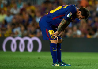 BARCELONA, SPAIN - AUGUST 20:  Lionel Messi of Barcelona reacts as he fails to score during the La Liga match between Barcelona and Real Betis at Camp Nou on August 20, 2017 in Barcelona, Spain.  (Photo by Manuel Queimadelos Alonso/Getty Images)