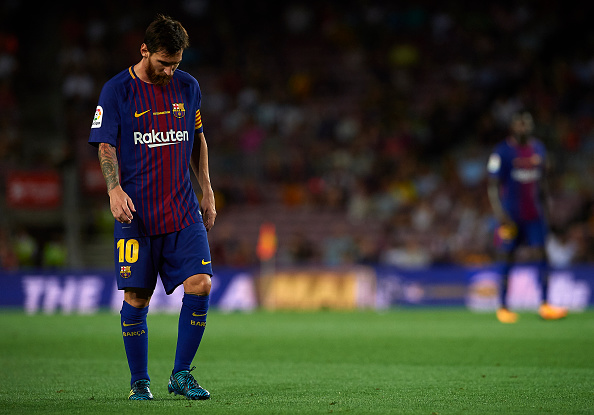 BARCELONA, SPAIN - AUGUST 20:  Lionel Messi of Barcelona reacts during the La Liga match between Barcelona and Real Betis at Camp Nou on August 20, 2017 in Barcelona, Spain.  (Photo by Manuel Queimadelos Alonso/Getty Images)
