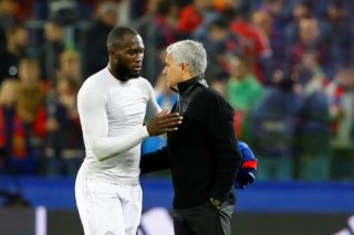 MOSCOW RUSSIA SEPTEMBER 27: Head Coach Jose Mourinho (R) of Manchester United  handshake Romelu Lukaku (L) after the match score the UEFA Champions League match between CSKA Moscow and Manchester United at VEB Arena in Moscow, on September 27, 2017.         Sefa Karacan / Anadolu Agency