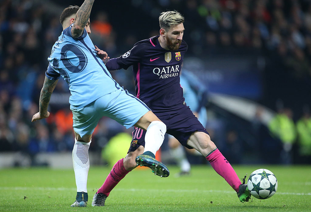 MANCHESTER, ENGLAND - NOVEMBER 1: Lionel Messi of FC Barcelona and Sergio Aguero of Manchester City (left) in action during the UEFA Champions League match between Manchester City FC and FC Barcelona at Etihad Stadium on November 1, 2016 in Manchester, England. (Photo by Jean Catuffe/Getty Images)
