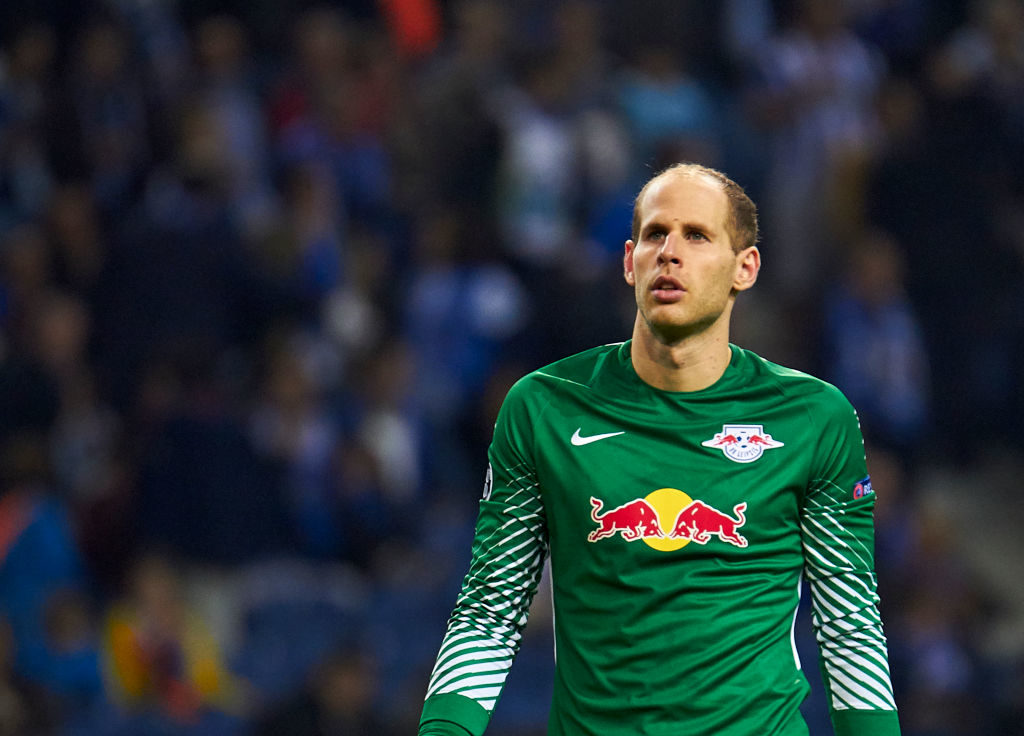 PORTO, PORTUGAL - NOVEMBER 01:  Peter Gulacsi of RB Leipzig looks on during the UEFA Champions League group G match between FC Porto and RB Leipzig at Estadio do Dragao on November 1, 2017 in Porto, Portugal.  (Photo by fotopress/Getty Images)