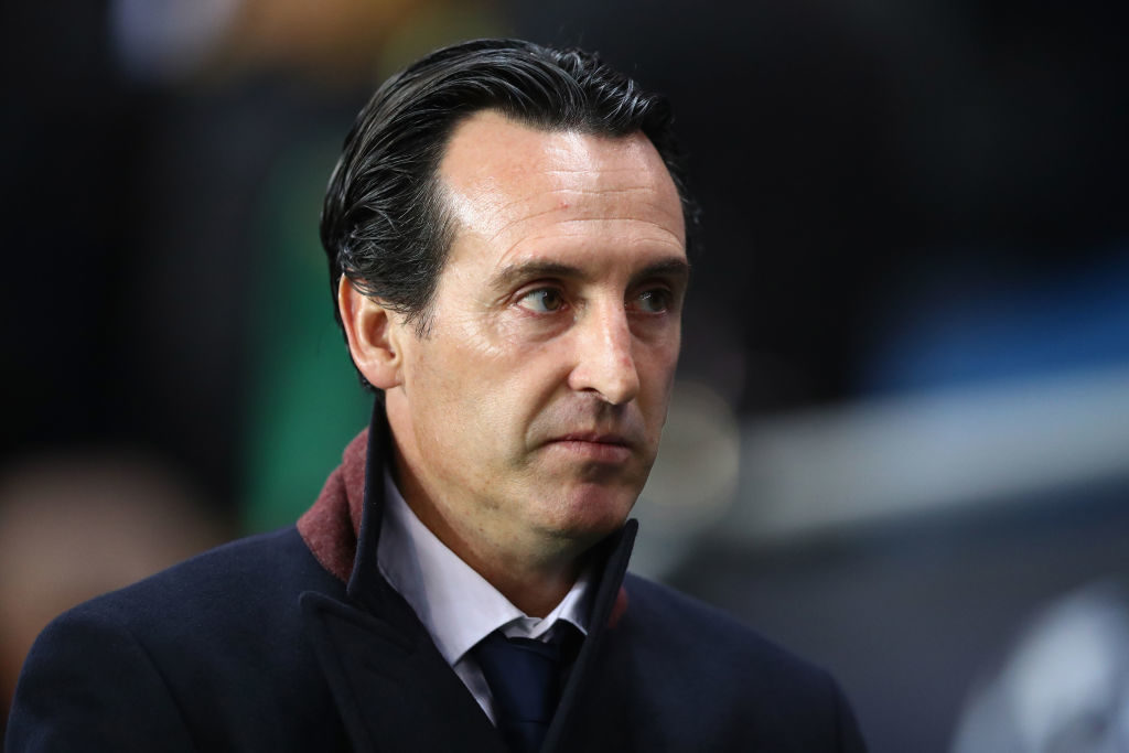 PARIS, FRANCE - OCTOBER 31:  Unai Emery manager of PSG looks on prior to the UEFA Champions League group B match between Paris Saint-Germain and RSC Anderlecht at Parc des Princes on October 31, 2017 in Paris, France.  (Photo by Dean Mouhtaropoulos/Getty Images)