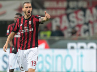 MILAN, ITALY - DECEMBER 13:  Leonardo Bonucci of AC Milan gestures during the Tim Cup match between AC Milan and Hellas Verona FC at Stadio Giuseppe Meazza on December 13, 2017 in Milan, Italy.  (Photo by Emilio Andreoli/Getty Images)