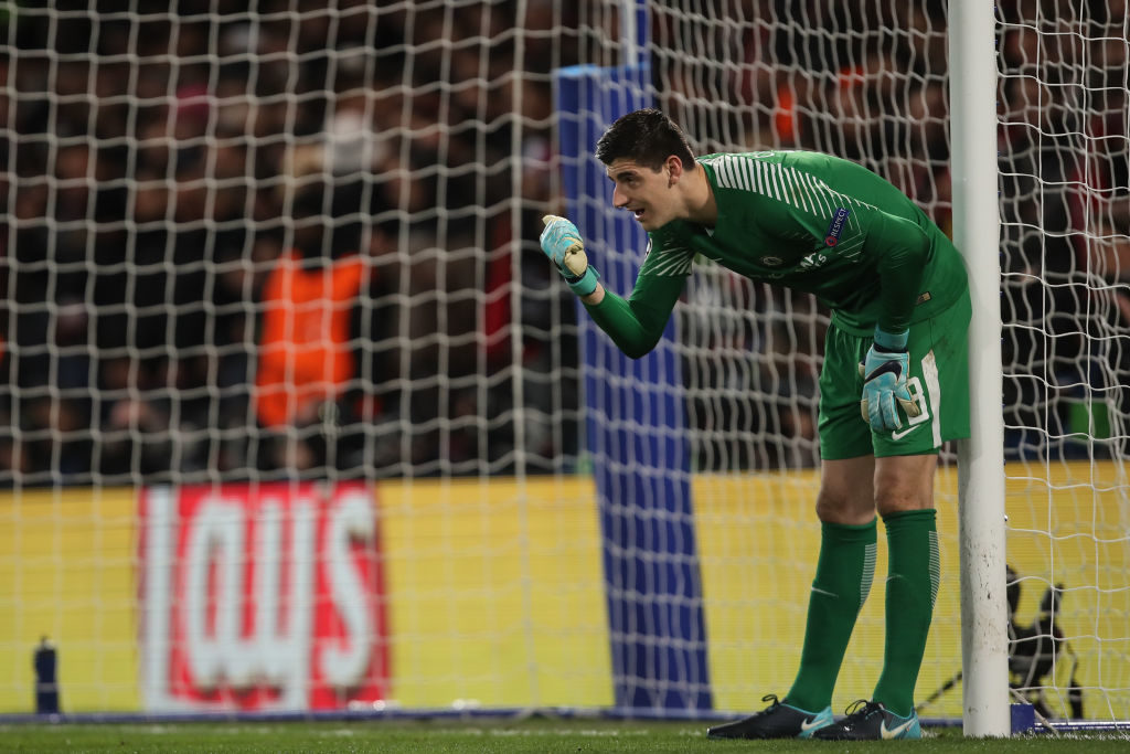 LONDON, ENGLAND - DECEMBER 05: Thibaut Courtois of Chelsea during the UEFA Champions League group C match between Chelsea FC and Atletico Madrid at Stamford Bridge on December 5, 2017 in London, United Kingdom. (Photo by Robbie Jay Barratt - AMA/Getty Images)