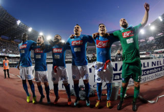 NAPLES, ITALY - DECEMBER 23:  Kalidou Koulibaly, Lorenzo Insigne, Jose Calleon, Dries Mertens, Pepe Reina and Marek Hamsik celebrate the victory after the serie A match betweenSSC Napoli and UC Sampdoria at Stadio San Paolo on December 23, 2017 in Naples, Italy.  (Photo by Francesco Pecoraro/Getty Images)
