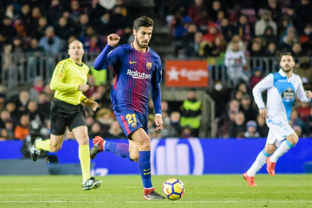 BARCELONA, SPAIN - DECEMBER 17: Andre Gomes of FC Barcelona in action during the La Liga 2017-18 match between FC Barcelona and Deportivo La Coruna at Camp Nou Stadium on 17 December 2017 in Barcelona, Spain. (Photo by Power Sport Images/Getty Images)
