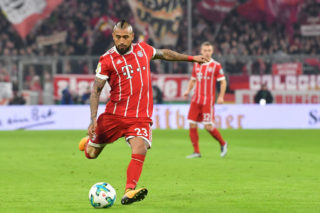 MUNICH, GERMANY - DECEMBER 20: Arturo Vidal of Bayern Muenchen plays the ball during the DFB Cup match between Bayern Muenchen and Borussia Dortmund at Allianz Arena on December 20, 2017 in Munich, Germany. (Photo by Sebastian Widmann/Bongarts/Getty Images)