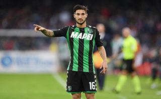 NAPLES, ITALY - OCTOBER 29: Matteo Politano of US Sassuolo in action during the Serie A match between SSC Napoli and US Sassuolo at Stadio San Paolo on October 29, 2017 in Naples, Italy.  (Photo by Francesco Pecoraro/Getty Images)