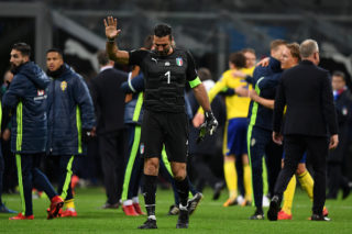 MILAN, ITALY - NOVEMBER 13:  Gianluigi Buffon of Italy shows dejection after the FIFA 2018 World Cup Qualifier Play-Off: Second Leg between Italy and Sweden at San Siro Stadium on November 13, 2017 in Milan, .  (Photo by Etsuo Hara/Getty Images)