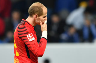 Leipzig goalie Peter Gulacsi gestures after the final whistle in the German Bundesliga football match between 1899 Hoffenheim and Rasenballsport Leipzig at the Rhein-Neckar-Arena in Sinsheim, Germany, 2 December 2017. (EMBARGO CONDITIONS - ATTENTION: Due to the accreditation guidelines, the DFL only permits the publication and utilisation of up to 15 pictures per match on the internet and in online media during the match.) Photo: Uwe Anspach/dpa