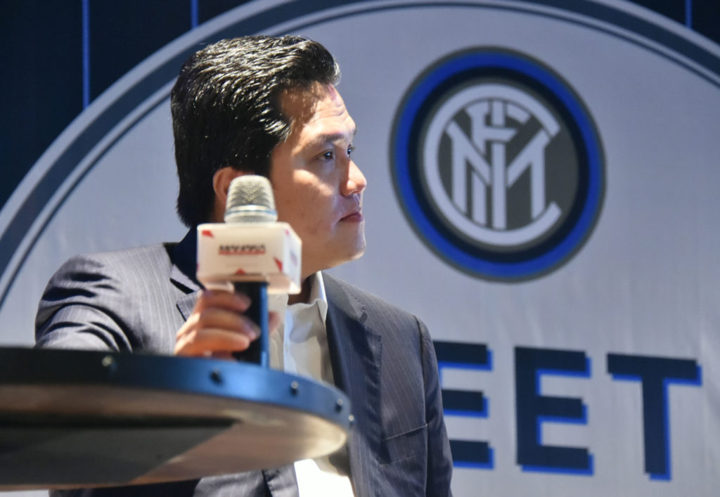 Erick Thohir, president of Internazionale FC speaks during the launching of a digital product for football club Inter Milan in Jakarta on September 11, 2014. Inter Milan's Indonesian owner said he hoped to bring the team to Asia next year as he tries to lift the club from financial mayhem and become a top-10 team. AFP PHOTO / Bay ISMOYO / AFP PHOTO / BAY ISMOYO